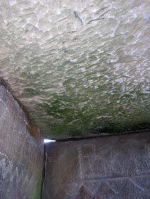 потолок в центральном дольмене на реке Жанэ